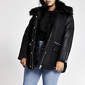 Plus – Schwarze Jacke mit PU-Ärmel und Kunstfellkragen