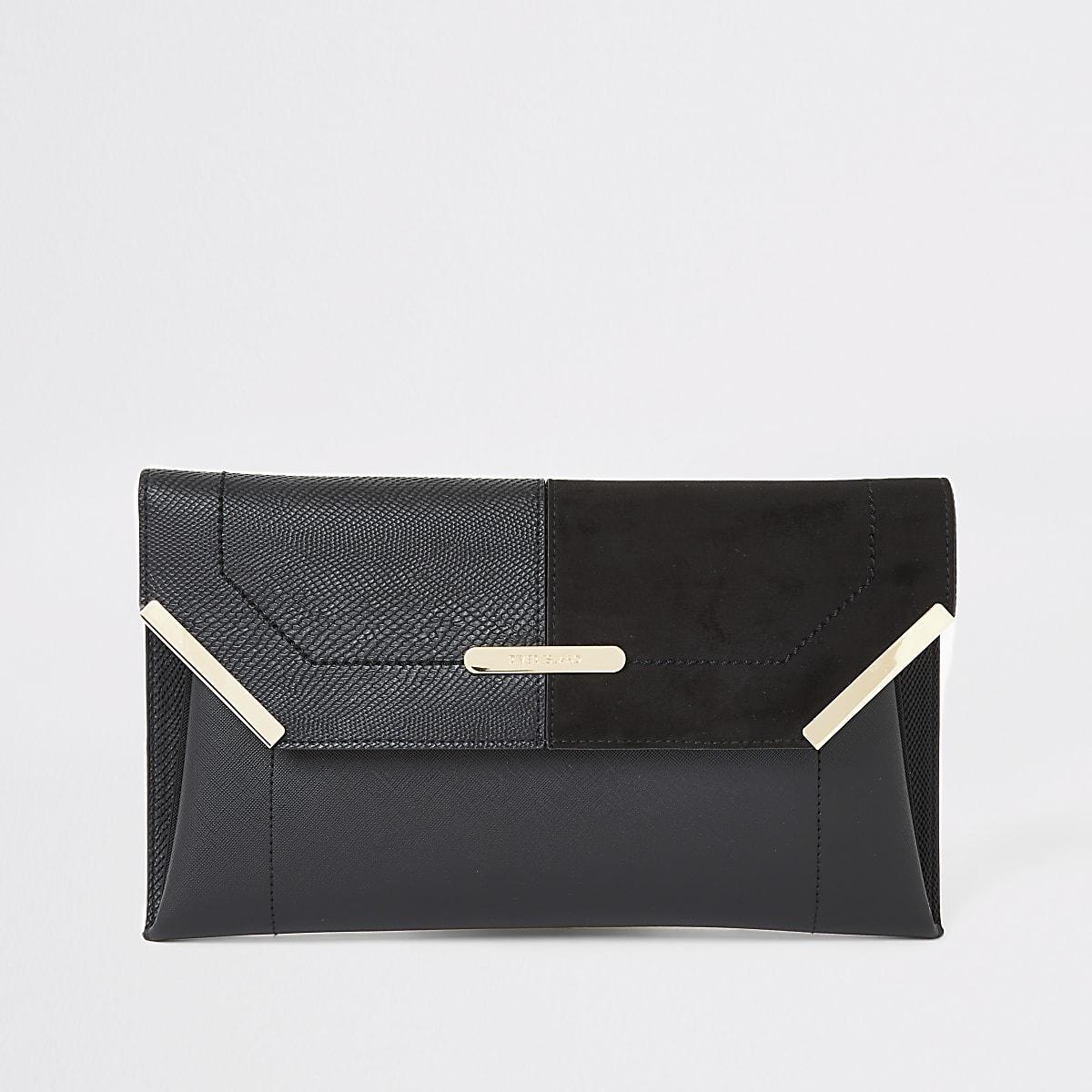 Zwarte clutch met envelopsluiting