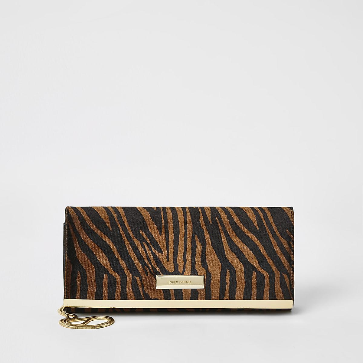 Bruine baguette clutch met tijgerprint