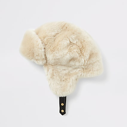 Beige faux fur trapper hat