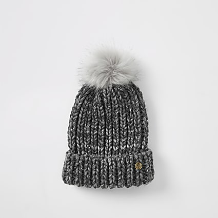 Grey chunky knitted beanie hat
