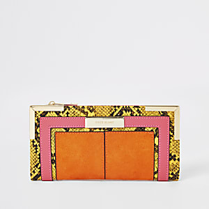 Orange Geldbörse in Schlangenlederoptik mit eingefassten Ecken