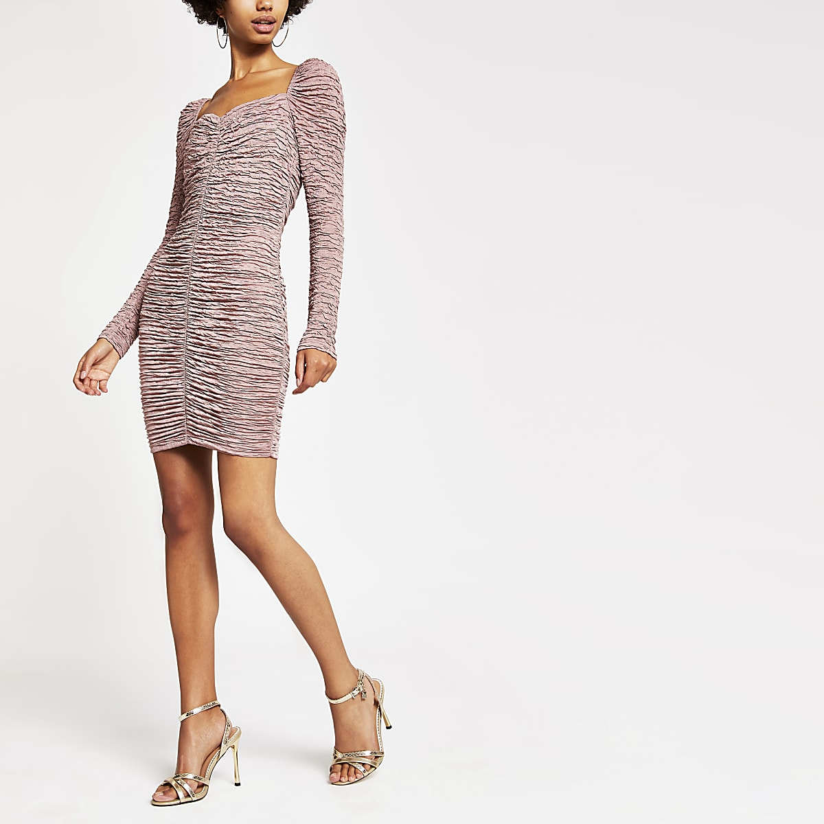 Dark pink long sleeve ruched bodycon dress