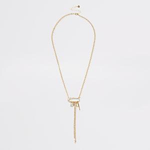 Halskette in Gold mit Sicherheitsnadel