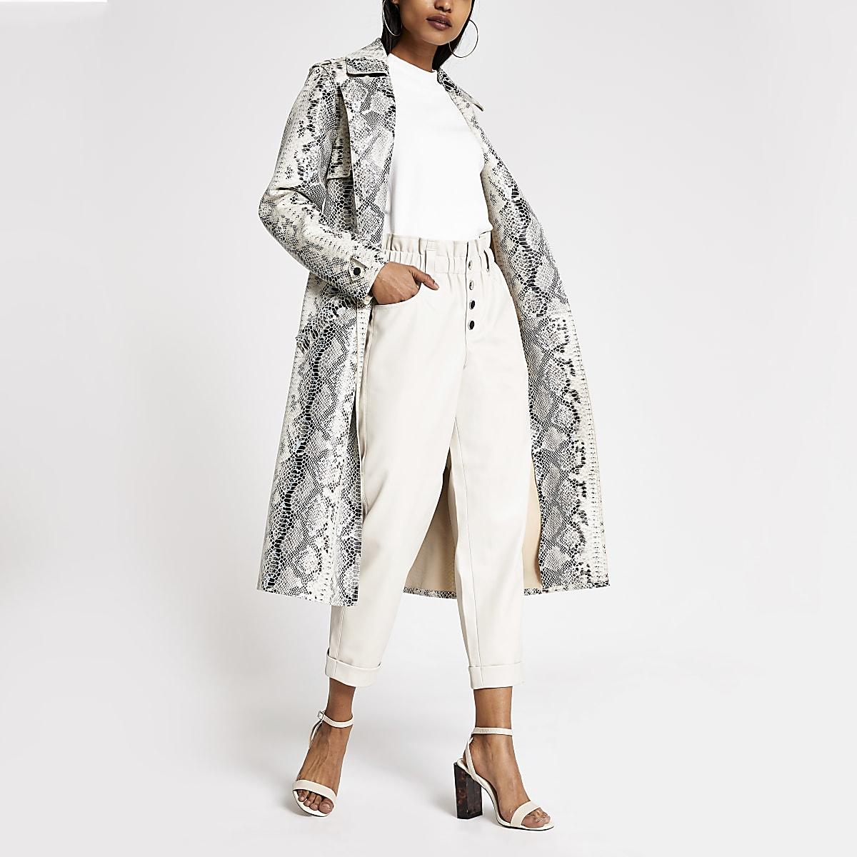 RI Petite- Witte PUingesnoerde broek met knopen