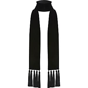 Schwarzer, schmaler Schal aus Samt mit Quasten