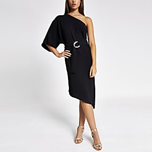 Robe trapèze mi-longue noire asymétrique