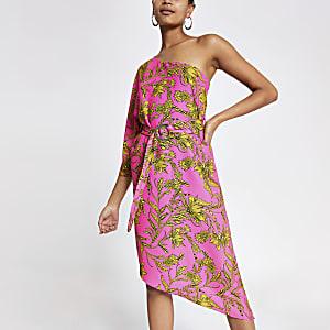 Roze swingjurk met één schouder en print