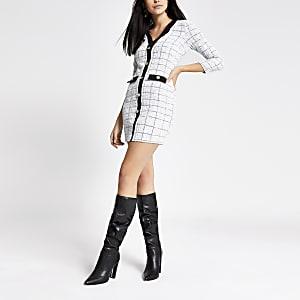 Witte bouclé vest-jurk met knopen voor