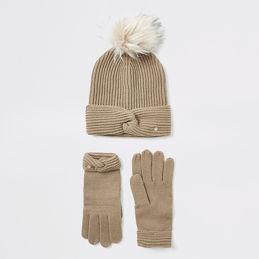 Beige twisted knit beanie and glove boxed set