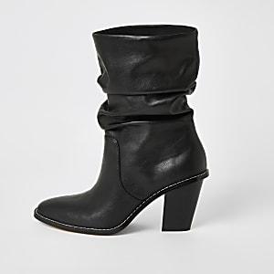 Schwarze Slouch-Stiefel mit Absatz