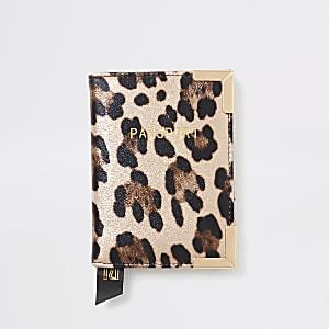 Porte-passeport rosemétalliséimprimé léopard