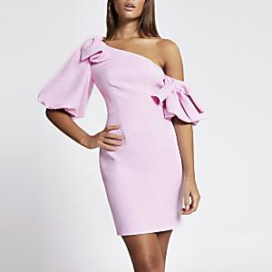 Roze bodycon mini-jurk met pofmouwen met strik