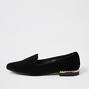 Zwarte fluwelen pantoffels verfraaid met parels