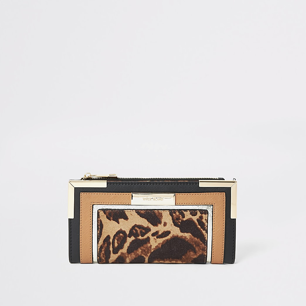 Porte-monnaie beige à rabat avec imprimé léopard