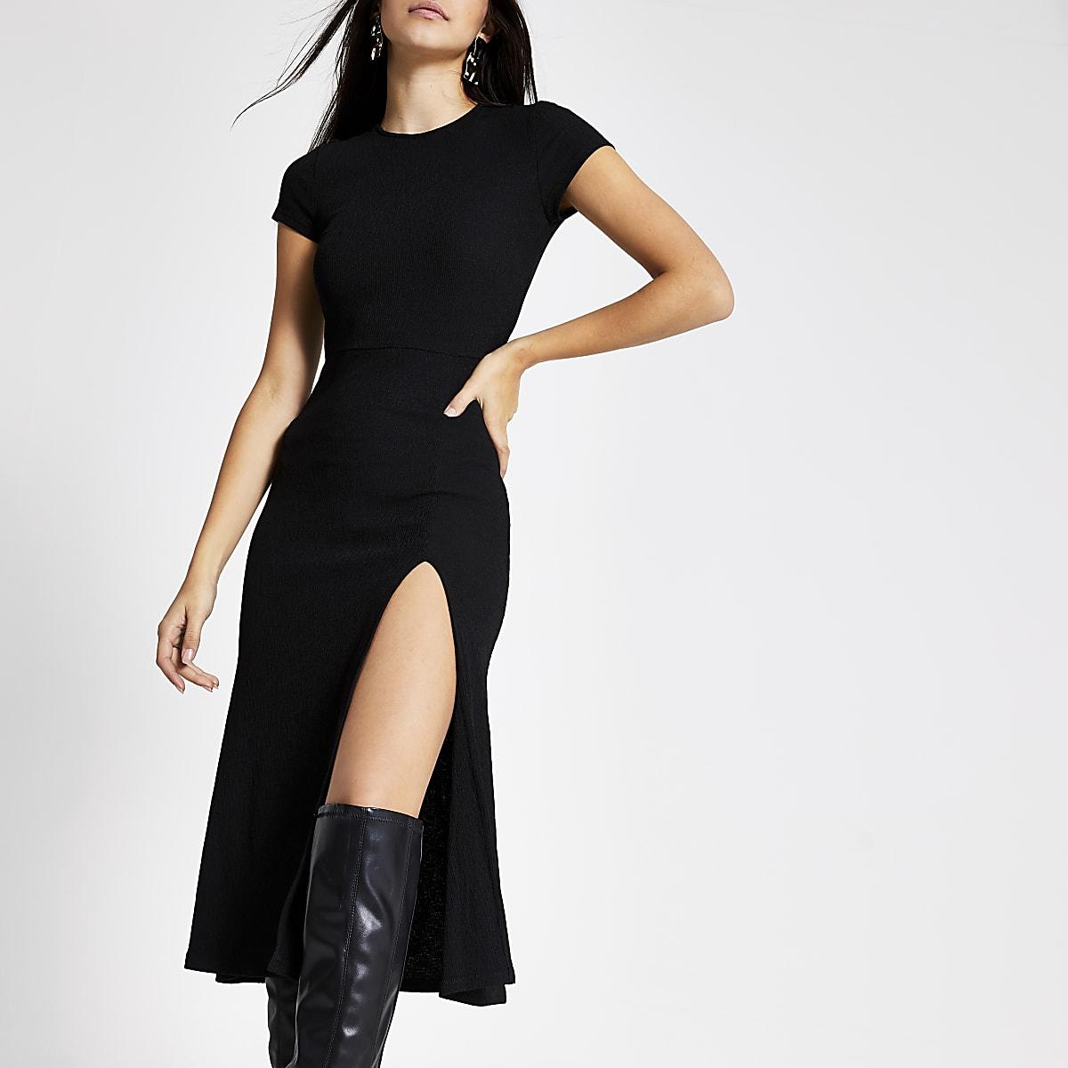 Zwarte A-lijn midi-jurk met korte mouwen