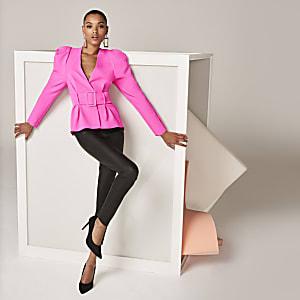 Das pinkfarbene Christie-Oberteil