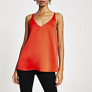 Rode cami top met losvallende achterkant