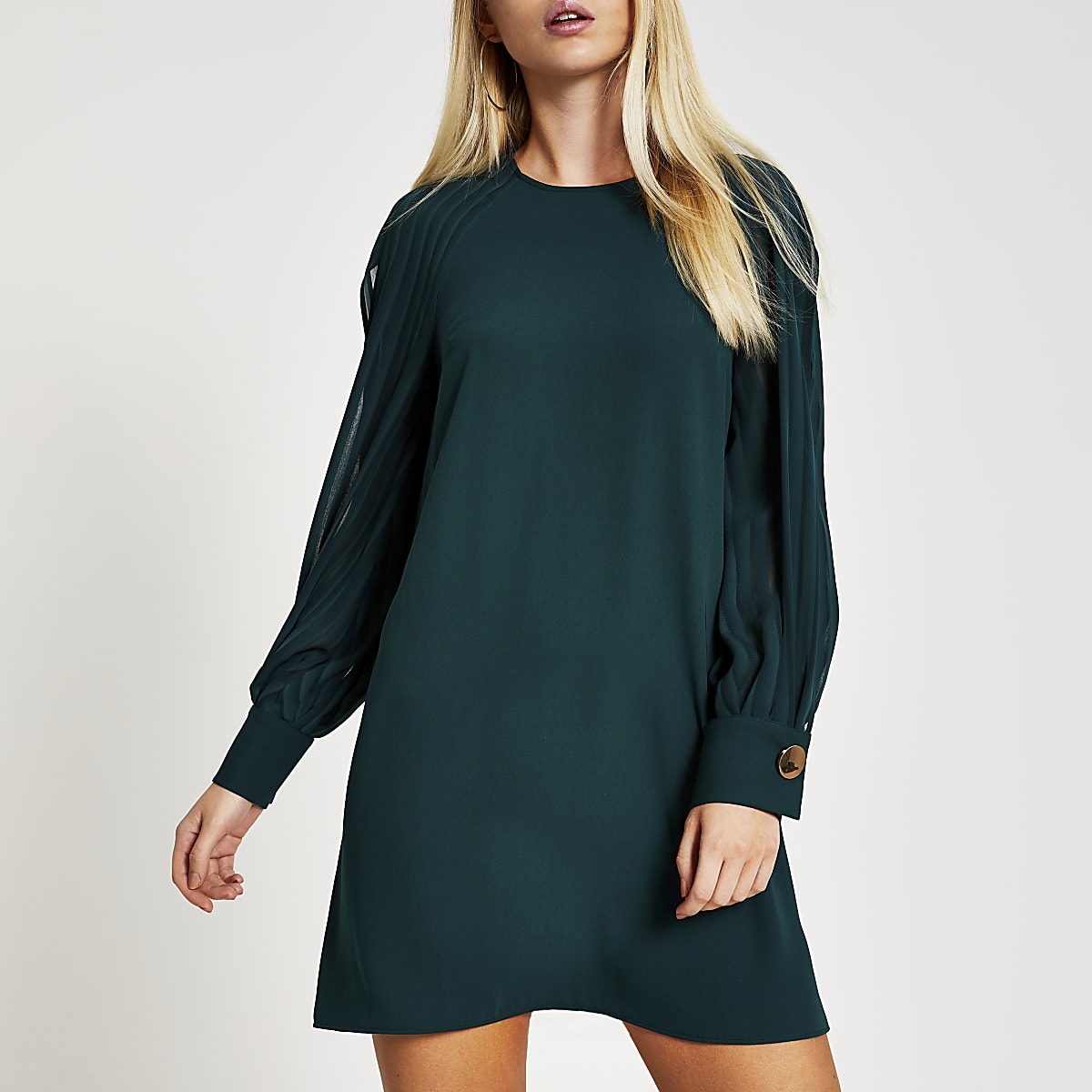 Green long pleated sheer sleeve swing dress