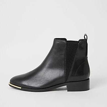 Black leather Chelsea ankle boots