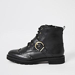 Zwarte leren brogue-laarzen met vetersluiting