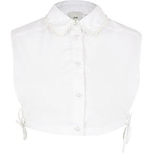 Weißes Brustlatz-Hemd mit Perlen am Kragenrand