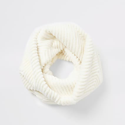 Cream cheveron faux fur snood scarf
