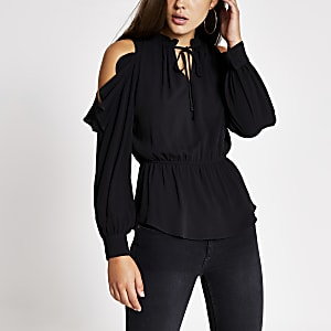 Zwarte schouderloze blouse met strik om hals