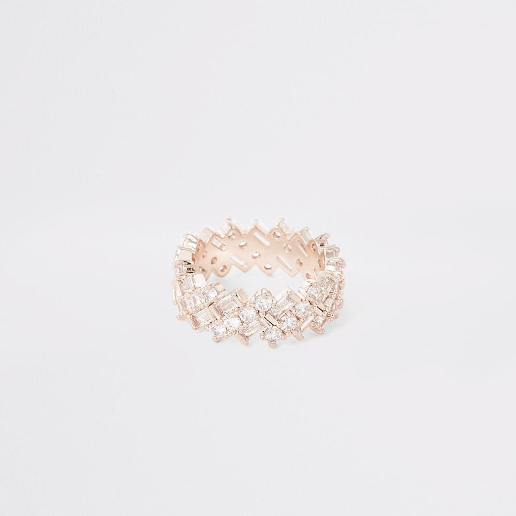 Roségoudkleurige ring met rechthoekige siersteentjes