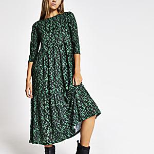 Robe verte imprimée à smocks et manches longues