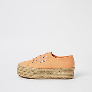 Superga – Flachform-Sneaker im Espadrille-Stil in Orange