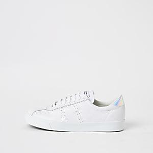 Superga– Weiße Sneaker aus Leder zum Schnüren
