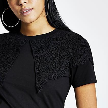 Black oversized lace collar T-shirt