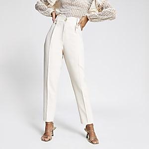 Crèmekleurige tapstoelopende broek met geplooide taille