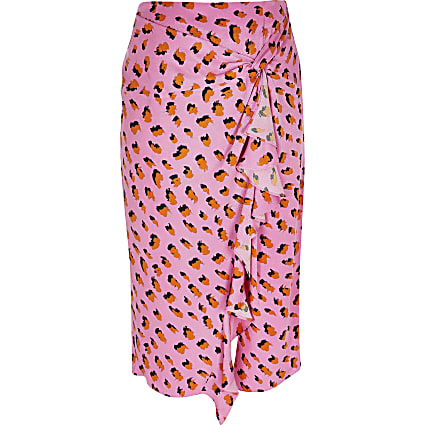 Plus pink printed twist front midi skirt