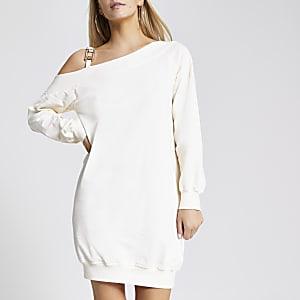 RI Petite - Crèmekleurige sweater-jurk met één blote schouder