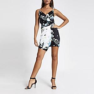 Mini robe style caraco portefeuille noir fleuri