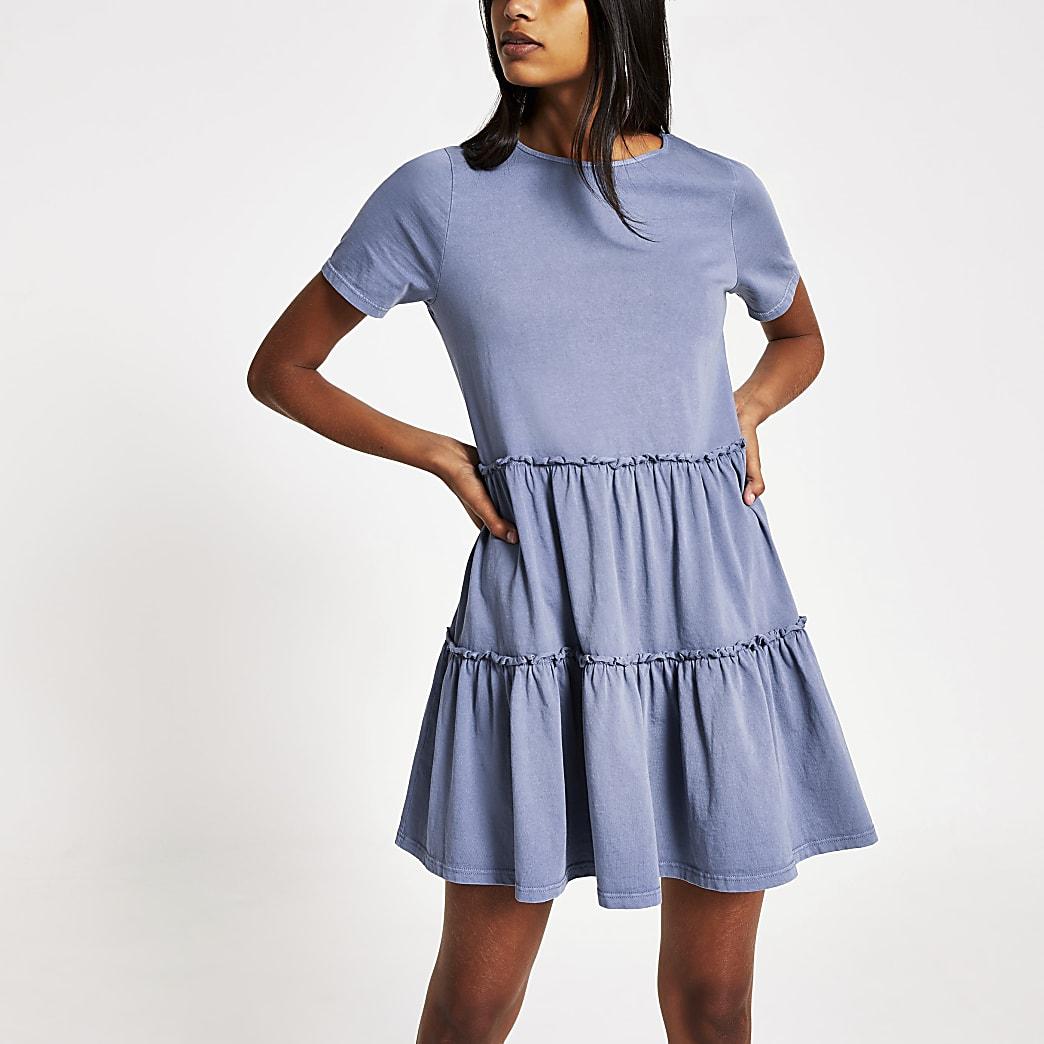 Mini-robe t-shirt à smocks bleue à volants