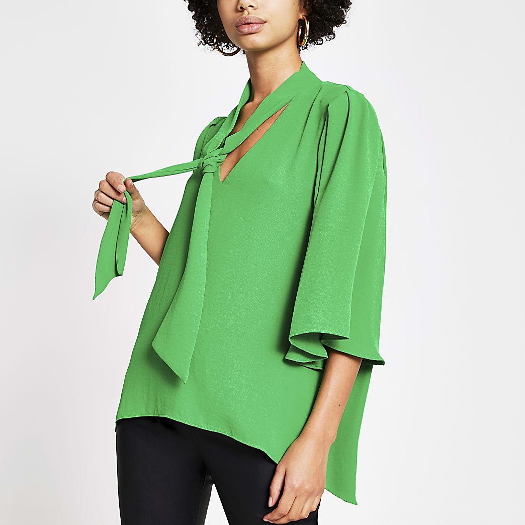 Green tie V neck choker blouse
