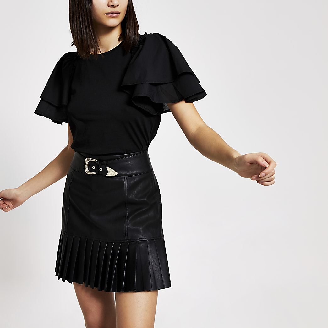 Black short poplin frill sleeve T-shirt