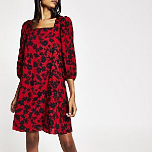 Mini-robe trapèze rouge impriméà manches longues