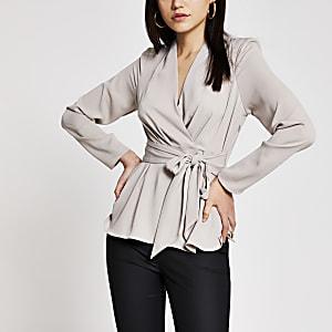 Grijze blouse met lange mouwen en strik voor