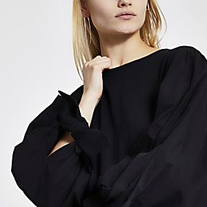 T-shirt noirà manches longues bouffantes en popeline