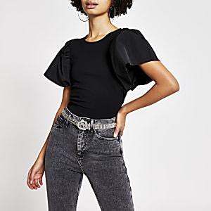 Zwart T-shirt met korte uitlopende mouwen
