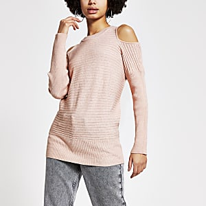 Roze schouderloze geribbelde gebreide trui