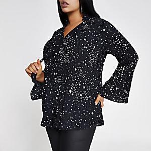 Plus– Schwarze Bluse mit V-Ausschnitt und Sternenaufdruck