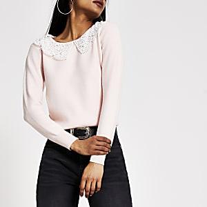 Petite– Strickpullover in Pink mit Lochmuster und Perlen am Kragen