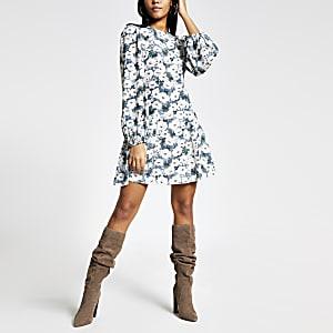 Mini-robe trapèzeà manches longues avec imprimé fleuri bleu