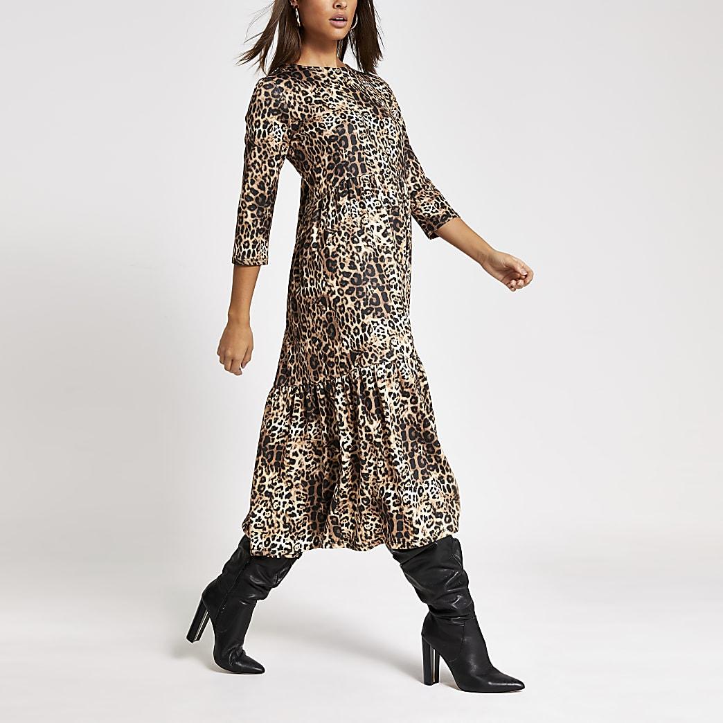 Beige gesmokte midi-jurk met luipaardprint