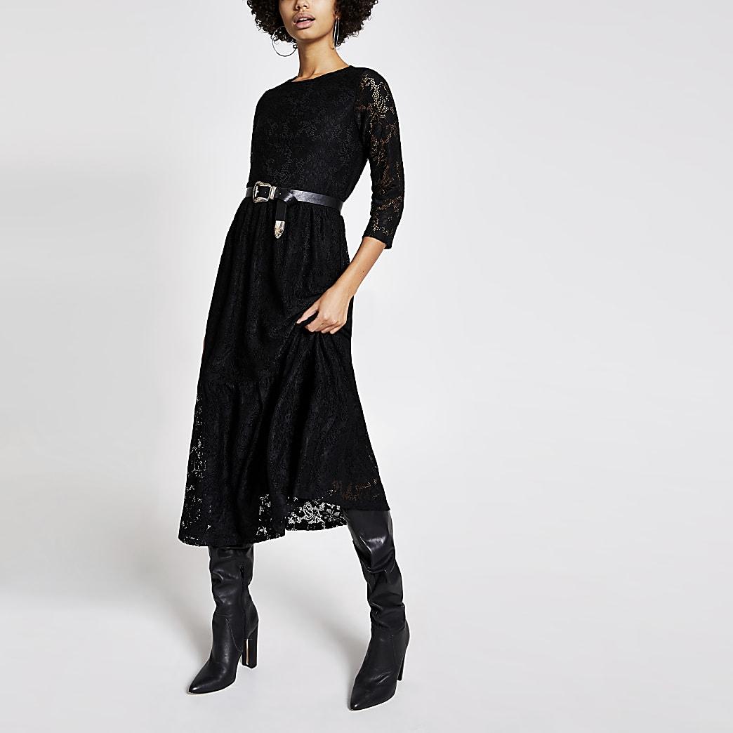 Zwarte kanten midi-swingjurk met lange mouwen